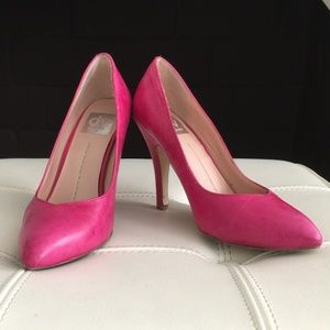 DV by Dolce Vita Hot Pink Pumps size 6